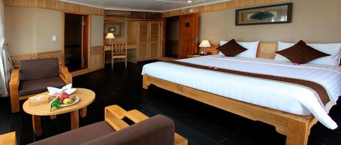 Deal du thuyền 5 sao Pelican Cruise